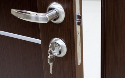 5 Main Reasons Why You Need To Hire A Residential Locksmith