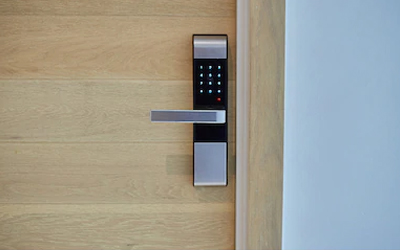 Reasons to choose electronic locks for your home